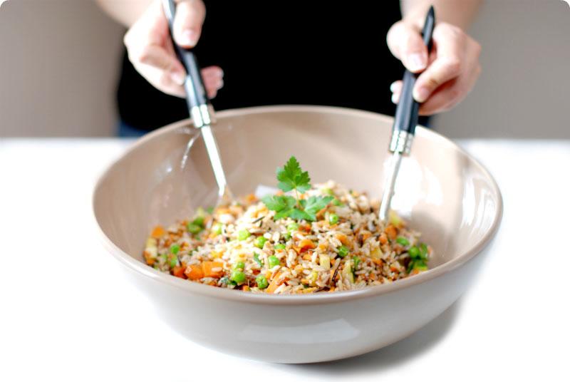 C mo preparar recetas de ensalada de arroz - Ensalada de arroz light ...