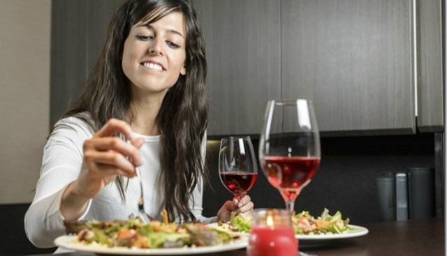 3 comidas que no engordan para la noche - Alimentos que engordan por la noche ...