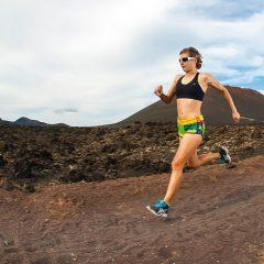 Mejora la velocidad al correr con estos ejercicios en casa