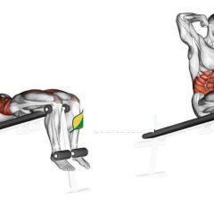 Agrega a tu rutina los abdominales declinados