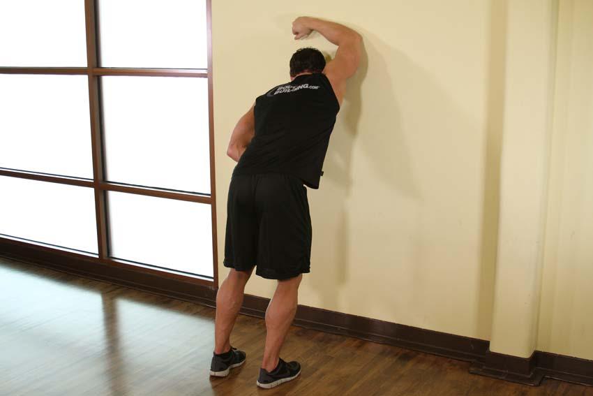 Un brazo contra la pared