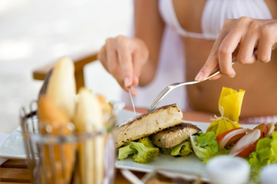 Beneficios del pescado azul para la salud física