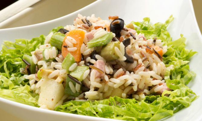 Recetas de ensaladas de arroz frescas y saludables - Ensalada de arroz light ...