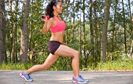 Ejercicios de aeróbic para glúteos