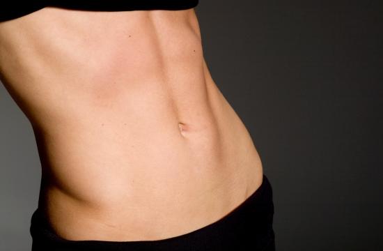Vientre plano mujer: ejercicios para lograrlo