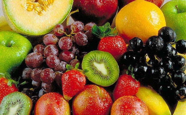 Frutas con fibra para el estreñimiento