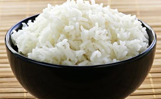 ¿Comer arroz blanco engorda?