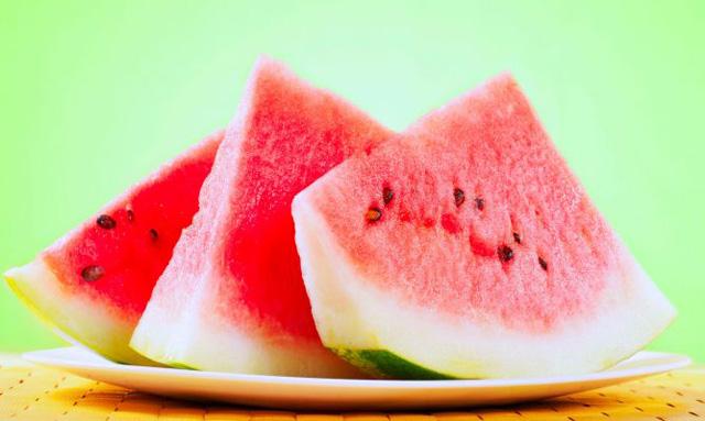 Frutas diuréticas para perder peso