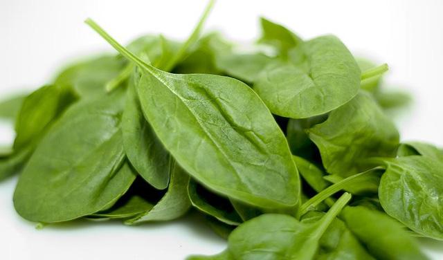 Propiedades espinacas en la dieta