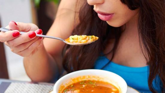 Sopa quemagrasa: una receta adelgazante