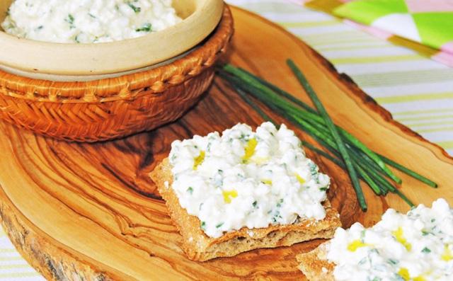 El queso cottage en la dieta del deportista