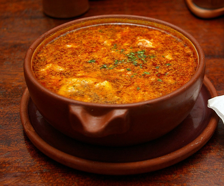 Receta de sopa de ajo castellana