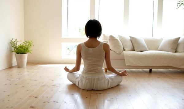 Claves para hacer yoga en casa