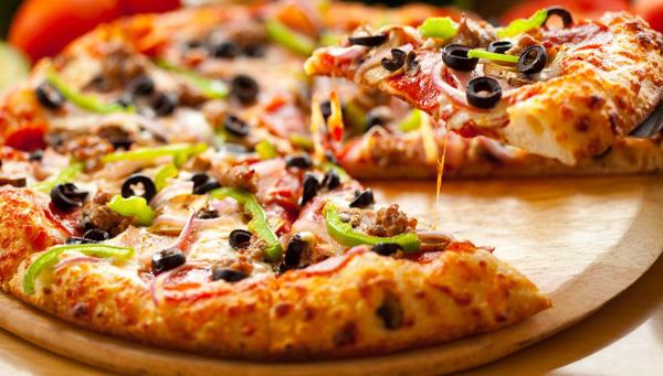 Calorías pizza ¿cuántas son?