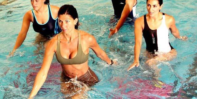 Los 6 mejores ejercicios aquagym