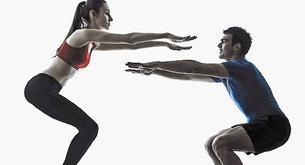 Sentadilla twist para activar el metabolismo