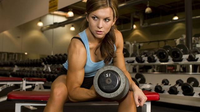Entrenamiento de hipertrofia para mujeres y ganar masa muscular