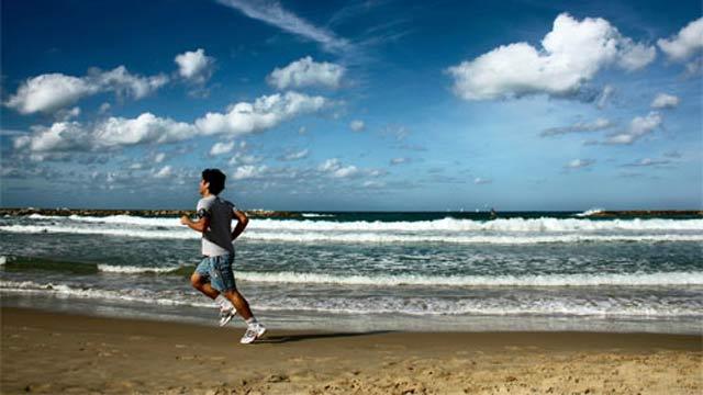 Formas de hacer ejercicio en la playa