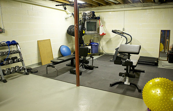 ¿Cómo hacer un gimnasio en casa con bajo presupuesto?