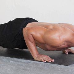 5 ejercicios para tonificar el pecho en casa