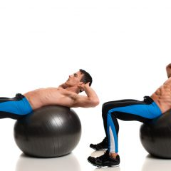 6 ejercicios de Crunch con fitball