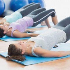 4 entrenamiento de elevación de glúteo en casa