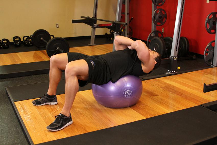 Encogimientos con bola de ejercicios