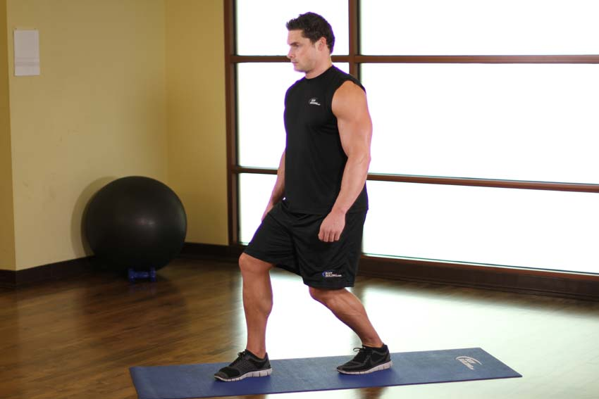 Estiramiento de pie de músculos sóleo y tendón de Aquiles